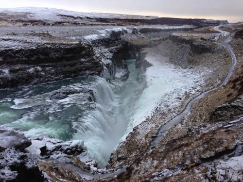huge_waterfall